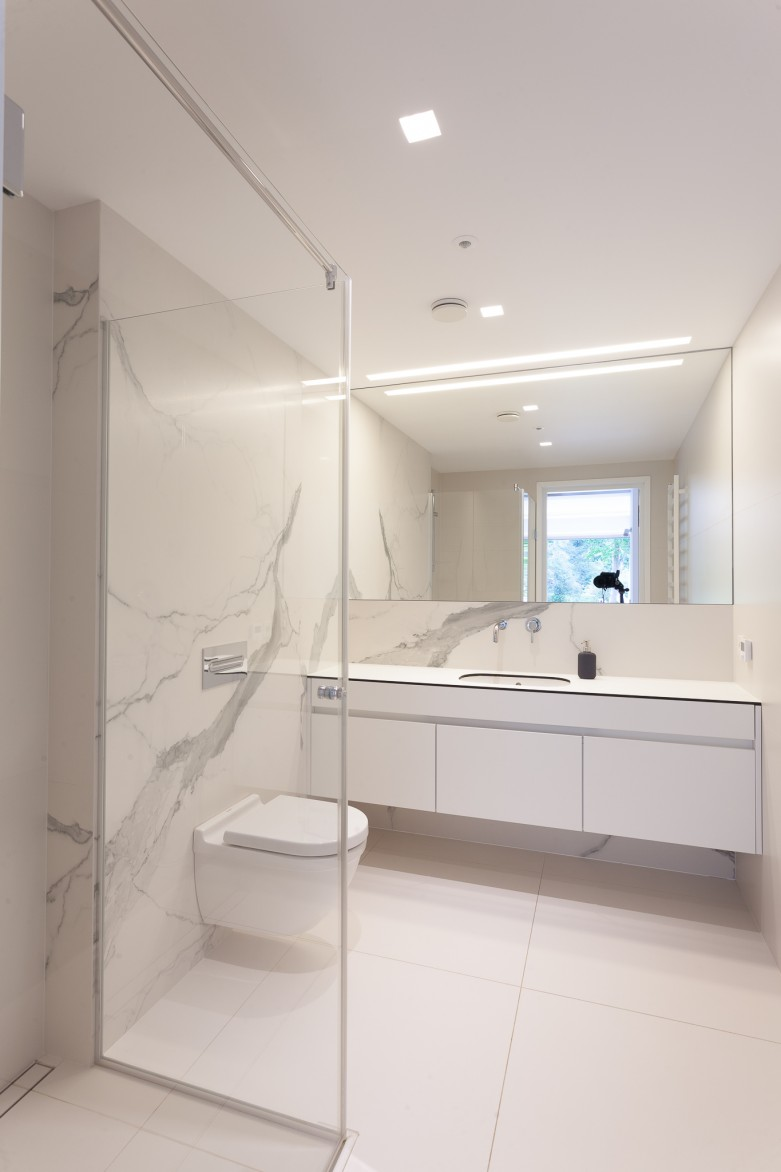 VALLEY HOUSE INTERIOR PROJECT - bathroom